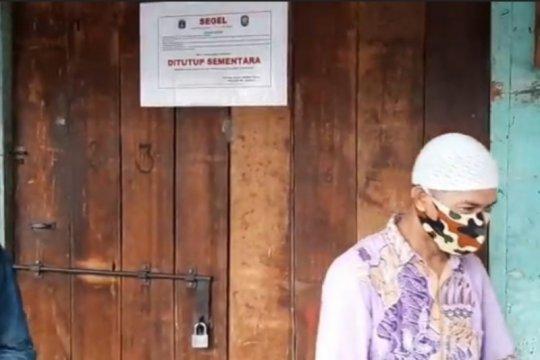 Aparat gabungan tutup paksa kios di tiga pasar Jaktim
