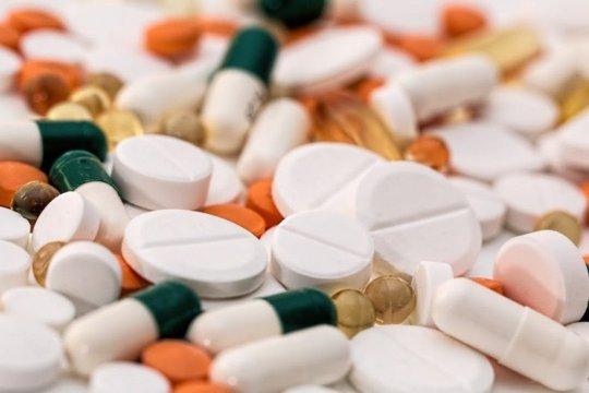 Guru Besar UGM imbau masyarakat cermat pilih obat alternatif COVID-19