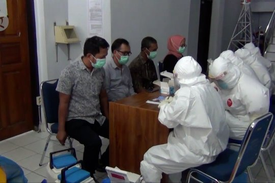50 jurnalis di Kendari jalani rapid test