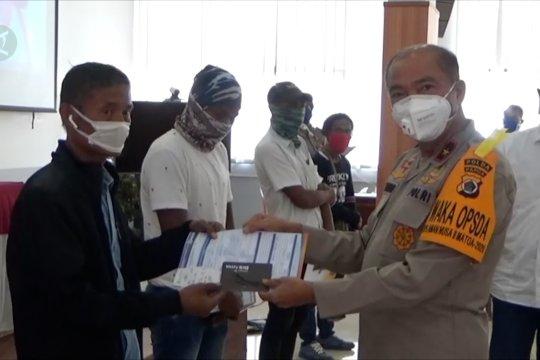 Dana bantuan bagi 4.356 sopir dan pengemudi ojek di Papua