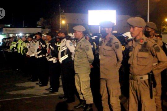 Gugus tugas COVID-19 Ternate rutin patroli malam bubarkan kerumunan