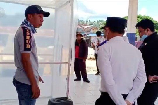 Bantuan bilik disinfektan dari anggota DPRD Sultra