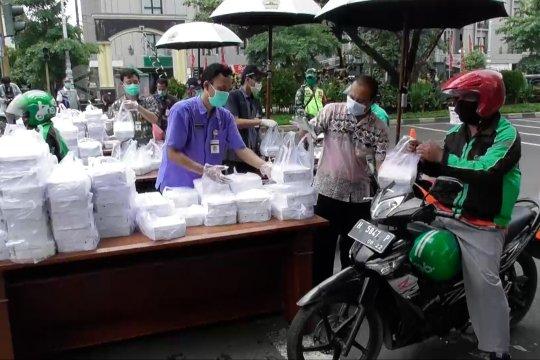1.000 nasi kotak gratis untuk abang ojek di Jateng