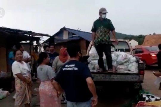 Donasi untuk TKI di Malaysia terus mengalir