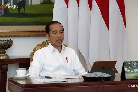 Jokowi minta tokoh agama dan ormas dilibatkan sosialisasi jaga jarak aman