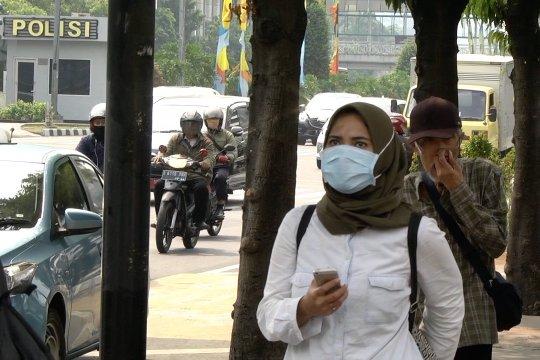 Pemprov DKI minta masyarakat selalu gunakan masker kain