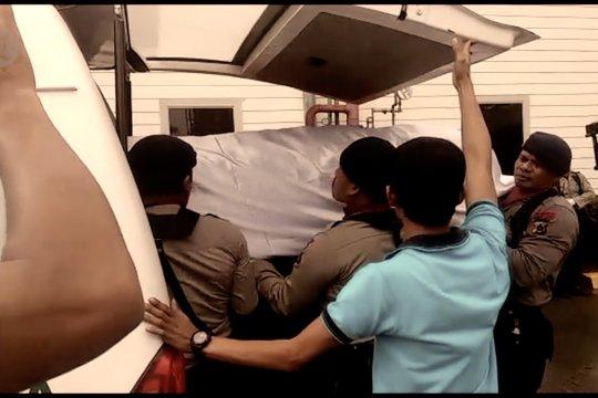 Para abdi negara yang tewas di tangan preman di Papua