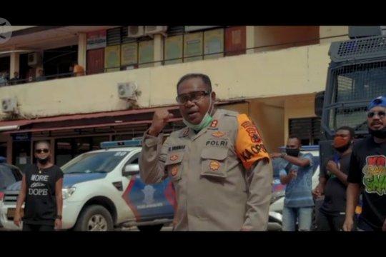 "Ini alasan Kapolresta Jayapura ikut nge-rap dalam ""Sa Pu Cinta di-Lockdown"""