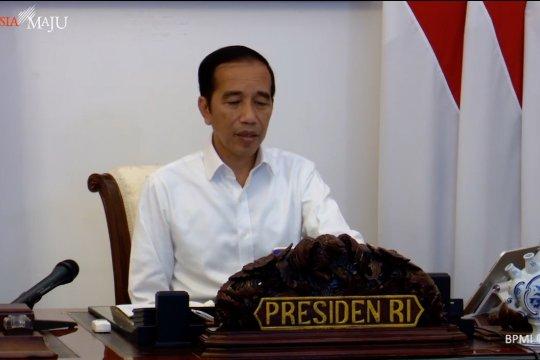 Ini penjelasan Jokowi tentang bantuan pekerja informal dan korban PHK