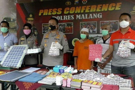 Polisi tangkap pembuatobat ilegal di Malang
