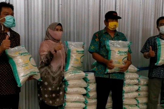Bupati Serang siapkan 88 ribu ton beras bagi warga terdampak COVID-19