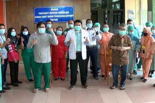 Jalani perawatan di RSBP Batam, dua pasien COVID-19 sembuh