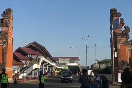 Pelabuhan Padangbai hanya melayani angkutan logistik selama Idul Fitri