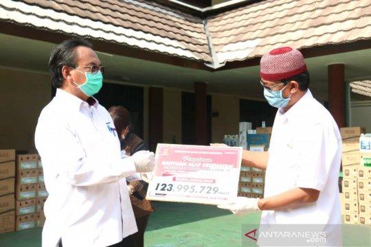 Kemensos salurkan alat kesehatan untuk petugas kemanusiaan COVID-19