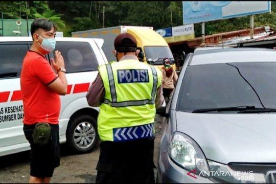 Satgas pulangkan puluhan kendaraan pribadi dari Jakarta-Bogor