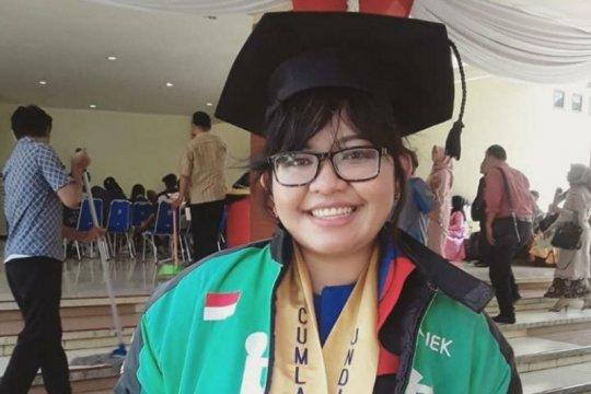 "Bertepatan Hardiknas, Gojek menobatkan Leony Sondang ""Driver Jempolan"""