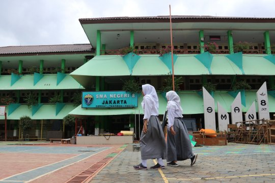 SMAN 8 Jakarta umumkan kelulusan 321 siswa secara daring