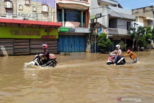 21.000 lebih rumah warga tergenang akibat banjir di Kabupaten Bandung