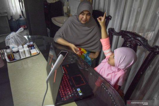 Kemenkes: Orang tua mesti kreatif jaga stres anak selama pandemi