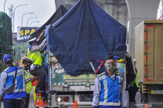 Hukum kemarin, 68.946 kendaraan diputar balik hingga remisi Lebaran
