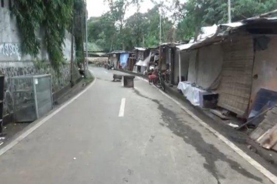 Perbaikan jalan amblas Balekambang Jakarta Timur telah selesai