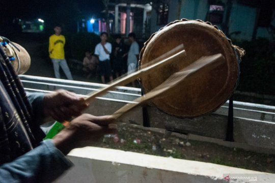 Tradisi Tabeuh Bedug di Lebak