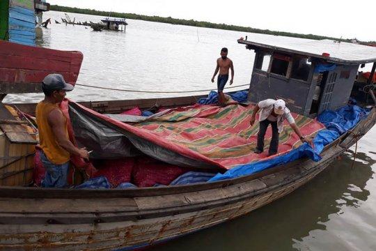 Bea Cukai gagalkan penyelundupan 13 ton bawang merah di perairan Aceh