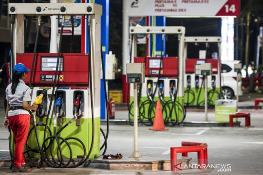 Energy Watch : tidak turun harga BBM langkah tepat