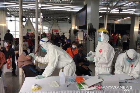 Pemprov Jabar laporkan hasil tes swab penumpang KRL ke Kemenhub