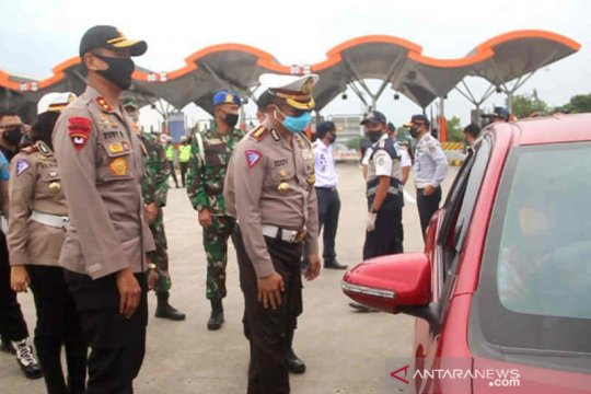Polda Jabar telah putarbalikkan 33.000 kendaraan selama PSBB