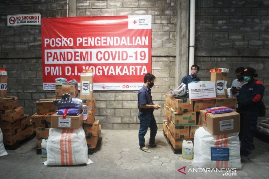PMI Yogyakarta salurkan bantuan APD bagi tenaga medis