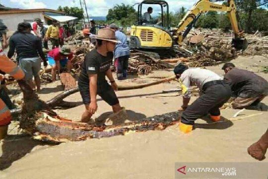 Empat kecamatan di Dataran Napu terisolir akibat banjir