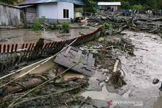 BPBD Sulteng kirim bantuan untuk korban banjir di Kabupaten Poso