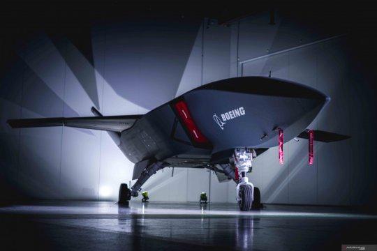 Boeing luncurkan purwarupa pesawat jet nirawaknya