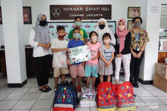 YIIM bantu guru dan murid di Jakarta Selatan
