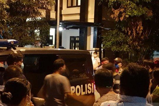 Diduga dibunuh, jasad perempuan di Sumut ditemukan di dalam kardus