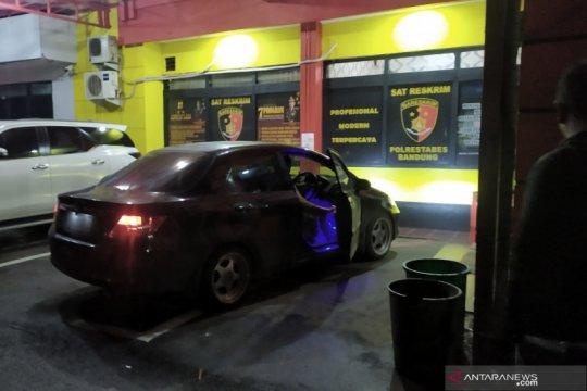 """Mobil milik pelaku """"prank"""" bantuan sampah diamankan polisi"""