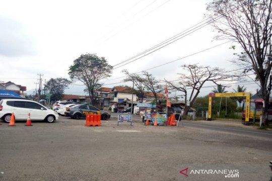 PSBB Jawa Barat, kendaraan masih bebas masuk di perbatasan Garut