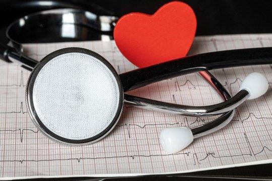 Enyahkan kena sakit jantung saat muda, jauhi rokok hingga diet sehat