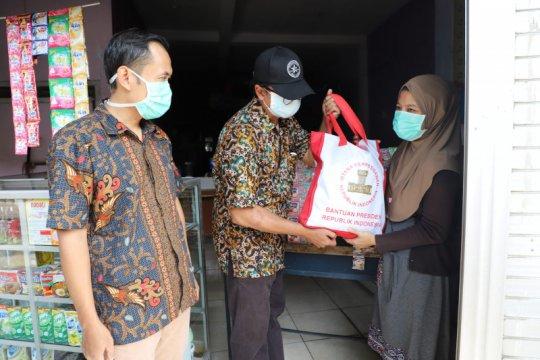 Pemkot Surabaya salurkan bansos sembako untuk 26.122 KK