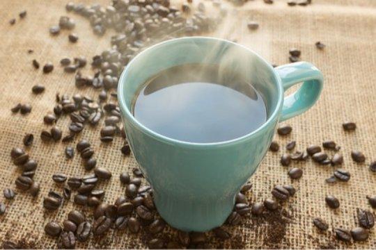 Lima manfaat rutin minum kopi hitam