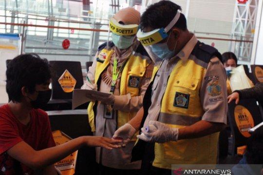KKP Bandara Soetta akui ada 11 penumpang positif COVID-19