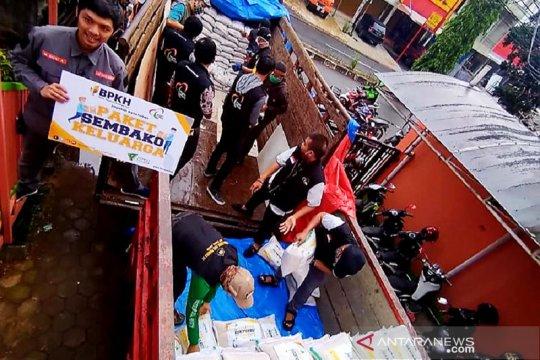 """""""Ekspedisi KebaikanFood for Dhuafa"""" salurkan 30.000 paket sembako"""