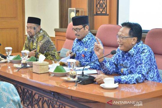 Gresik gandeng Dewan Masjid susun protokol normal baru di 2.207 masjid