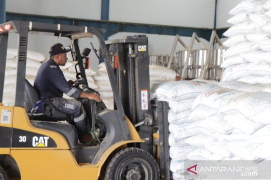 KKP distribusikan 136 ton bantuan pakan ikan ke pembudi daya