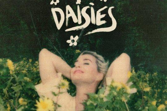 """Katy Perry kembali bermusik lewat lagu """"Daisies"""" dan album baru"""