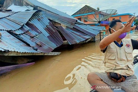 Banjir rendam sejumlah kecamatan di dua kabupaten Sumatera Selatan