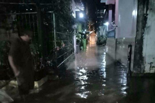 Banjir landa Perumahan Deltra Asri 2 Semarang