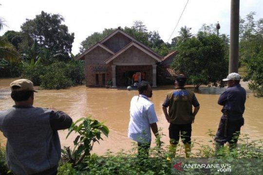 Banjir kiriman di OKU Timur meluas