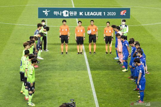 Sepak bola dan bisbol Korsel izinkan penonton masuk stadion